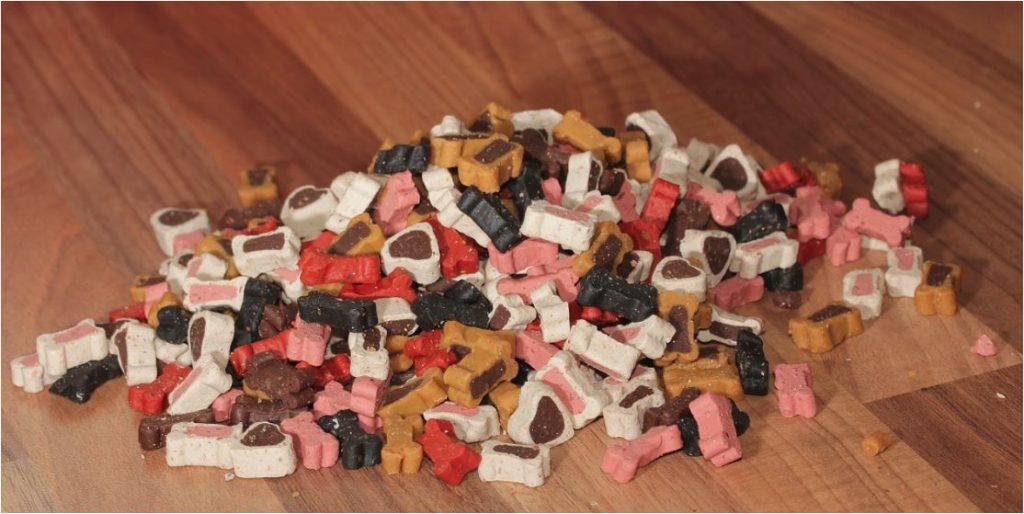 Snacks pequeños para mascotas.
